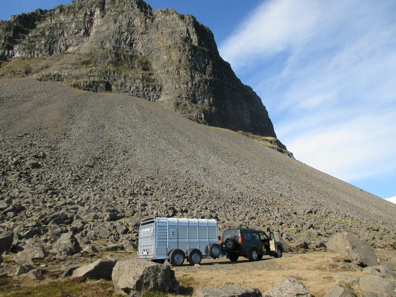 Afhending norður í Árnes